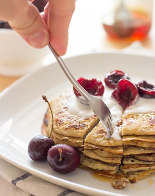 banana-egg-pancakes.jpg