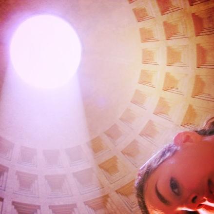 I love to travel (Pantheon selfie, 2008)