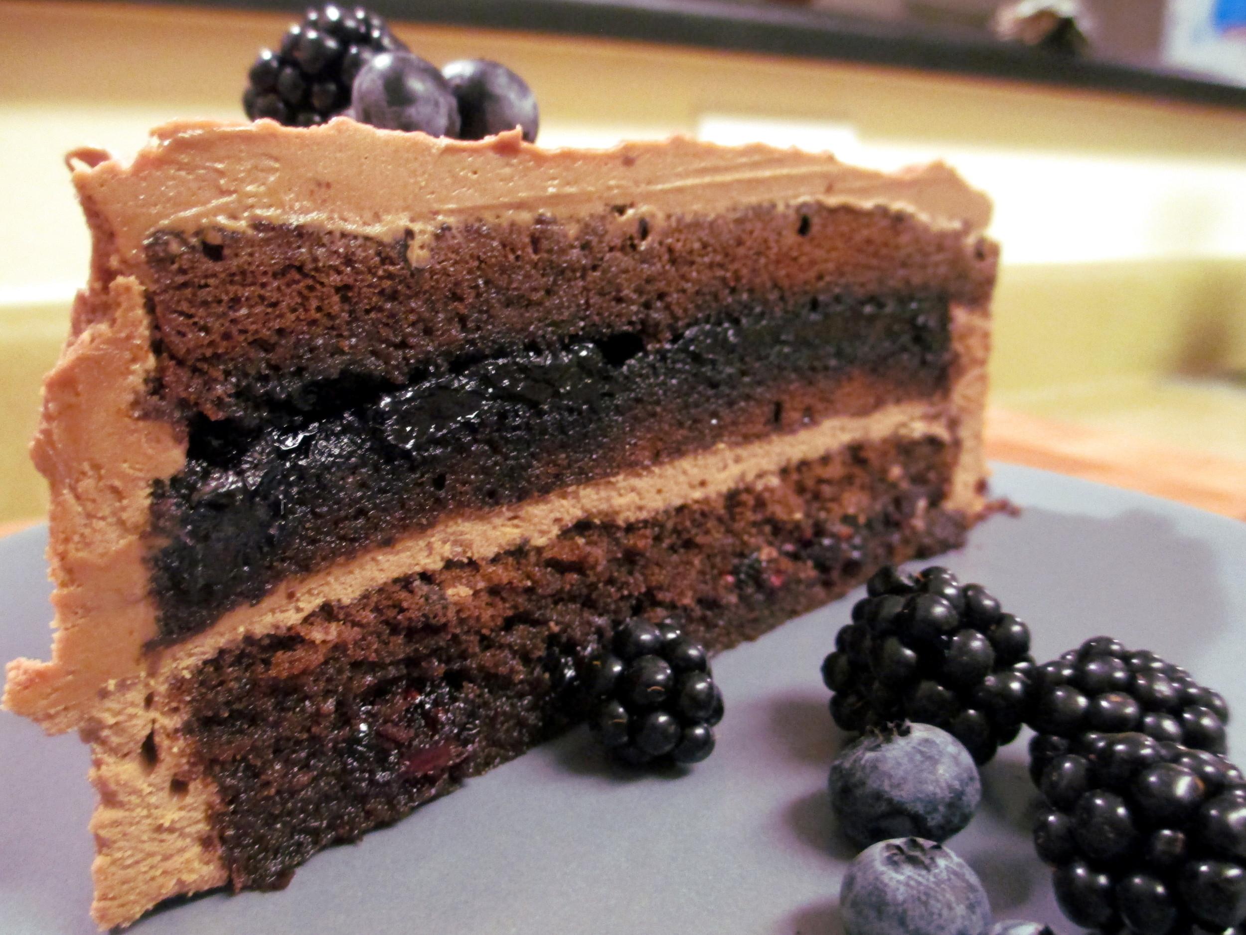 genoise layer cake