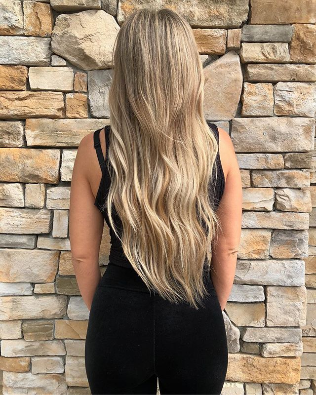 Yessss girl 😍 color + extensions // on @littledoeshair by @hairbybrittanyowen ✂️🔥✨