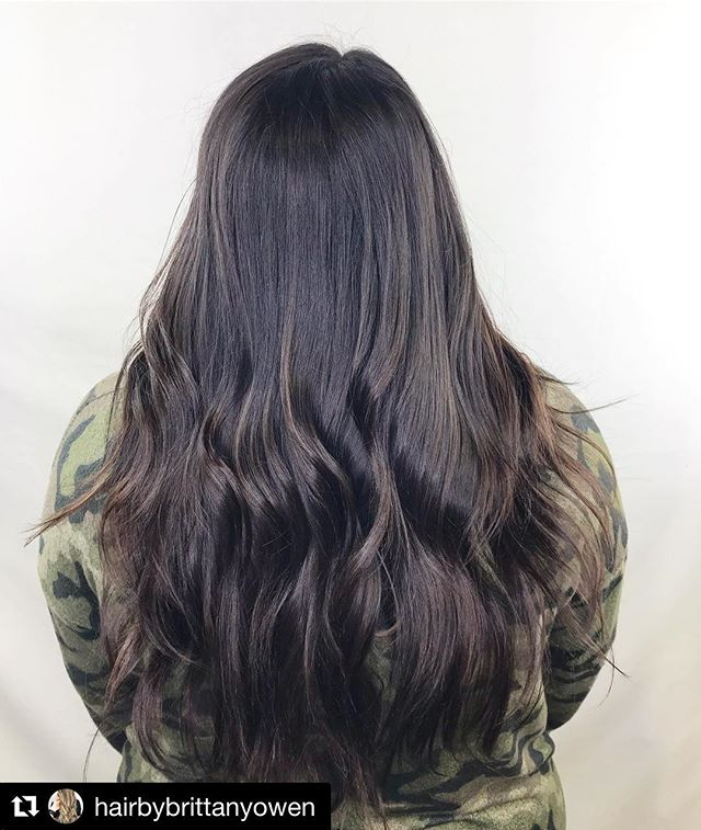 "・・・repost ✨ ✨ ✨ Shout out to @unimpressedmuch for this ""shot in the dark"" color formula 😍🙌🏻🤩 @whitwilliams24 #salonpure #salonpureaveda #hairsalon #salon #flowerybranch #flowerybranchhairsalon #shotinthedark #aveda #avedacolor #longhair #darkhair #balayage #hairbybrittany #atlhairstylist #hairinspo #colorformula"