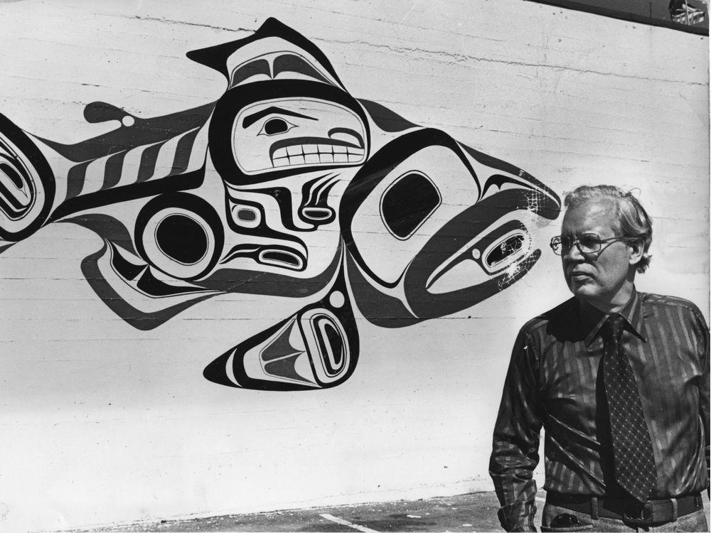 bill-reid-with-haida-dog-salmon-design-may-25-1976-the-pr.jpeg