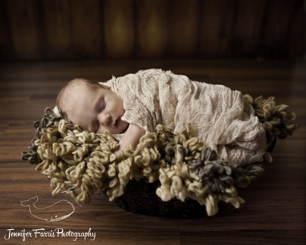 Newborn Photo Session | Jennifer Farris Photography