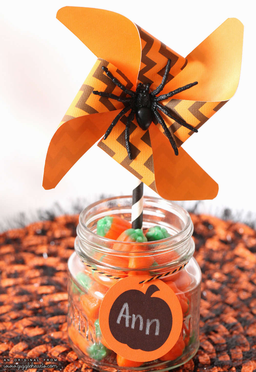 Printable Chevron Halloween Pinwheels a Spider and a Cute Pumpkin Tag to Write Guest Names On / from www.GiggleHearts.com
