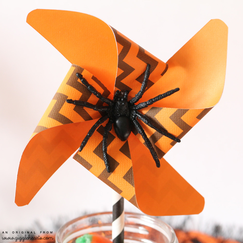 Orange and Black DIY Printable Chevron Halloween Pinwheel with a Spooky Spider / from www.GiggleHearts.com