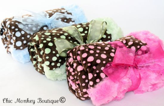 Signature Minky Blanket from Chic Monkey Boutique / as seen on www.GiggleHearts.com