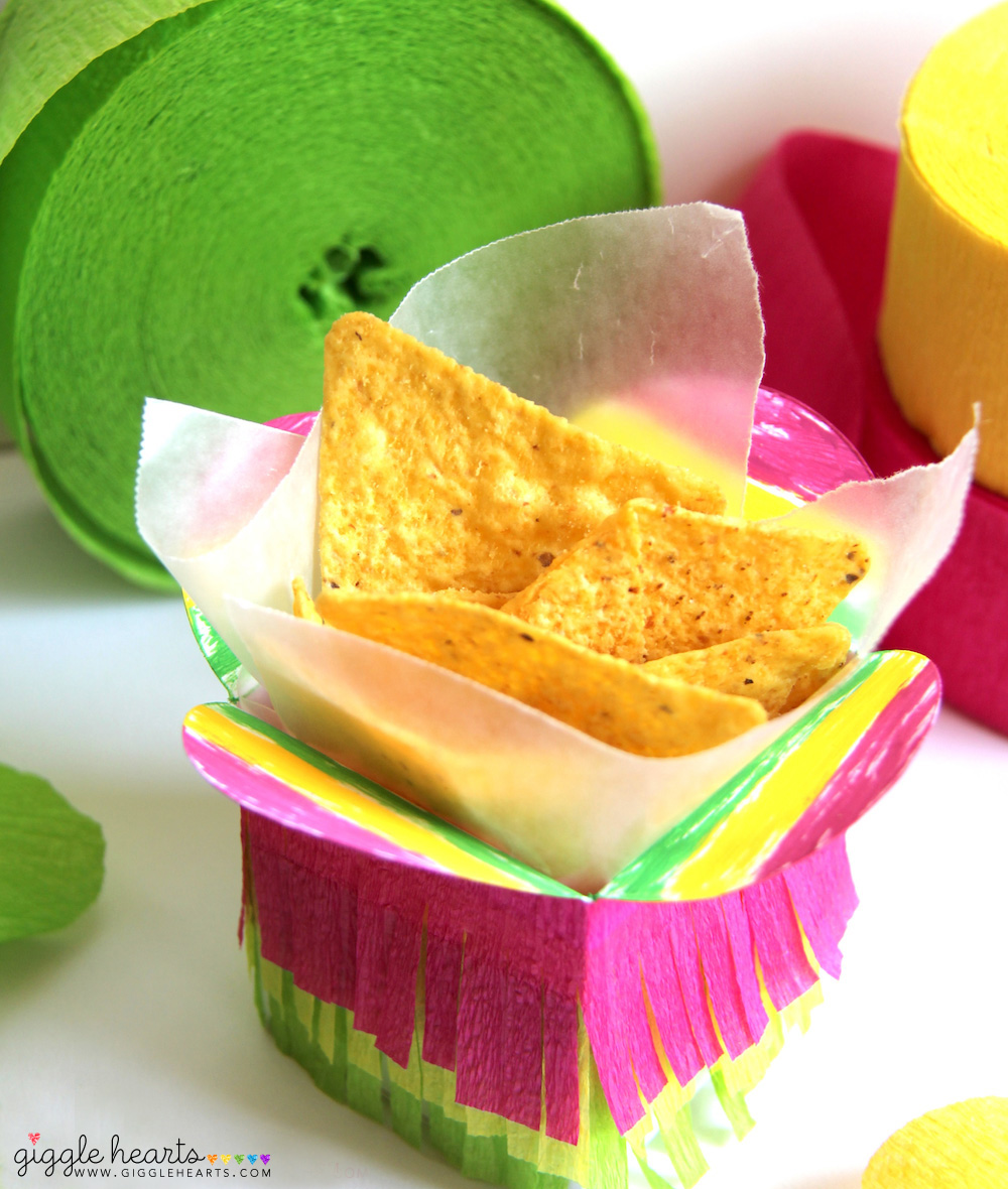 DIY Fiesta Taco Boxes - fun for taco bars and Cinco de Mayo / as seen on www.GiggleHearts.com
