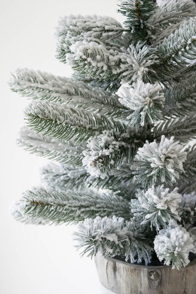 let-it-snow-dessert-table-tree.jpg