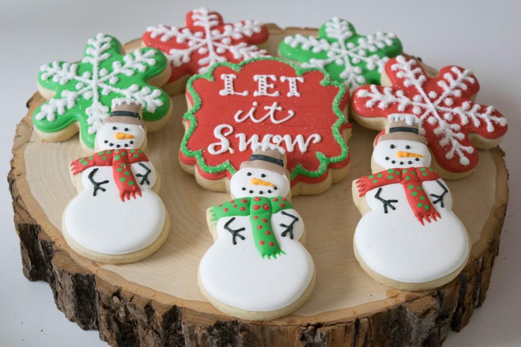let-it-snow-dessert-table-cookies.jpg