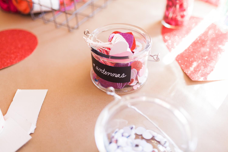 art-craft-valentines-day-party-Connie-Meinhardt-Photography-antennas-how-to.jpg