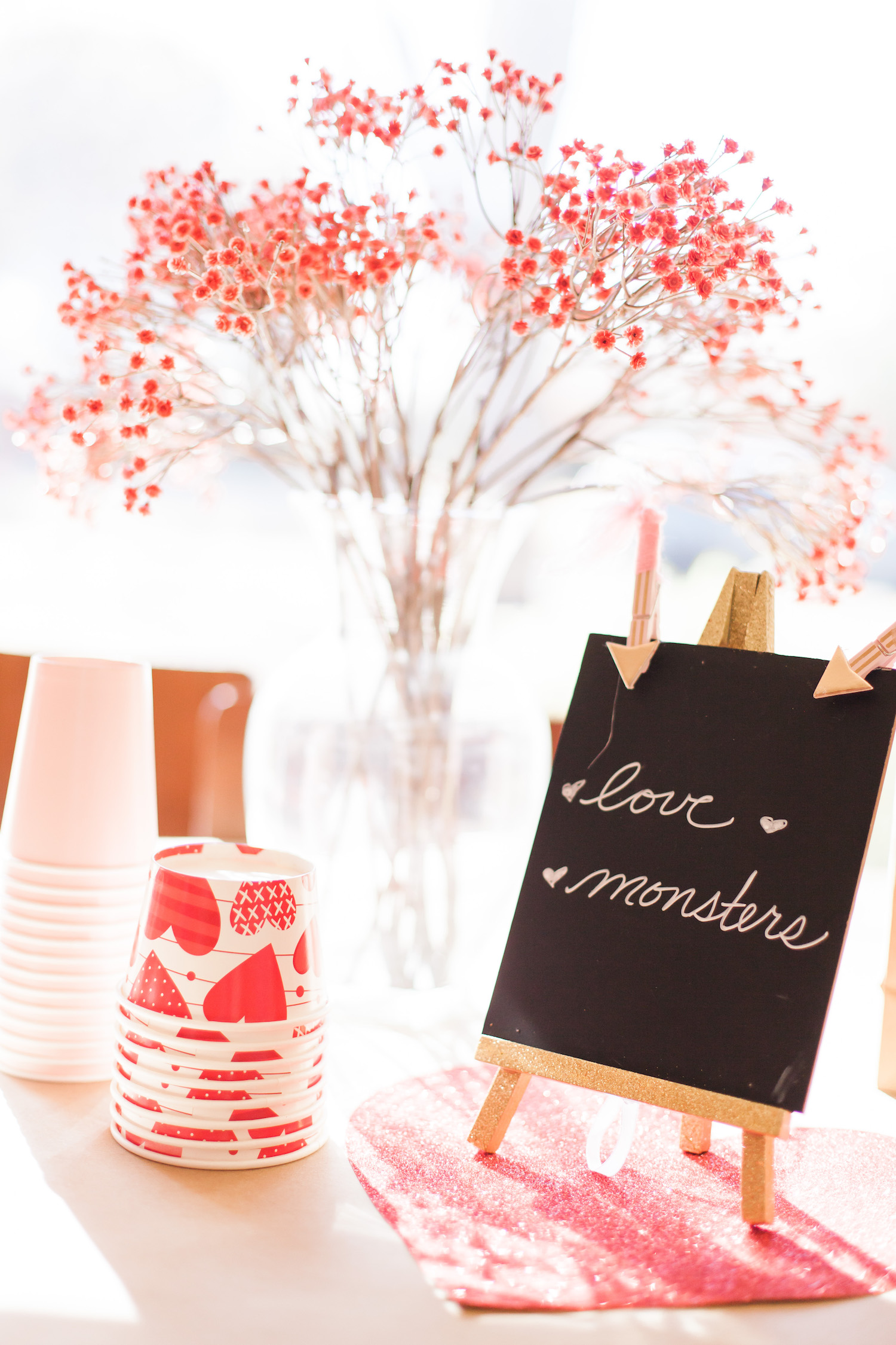 art-craft-valentines-day-party-Connie-Meinhardt-Photography-love-monsters-sign.jpg