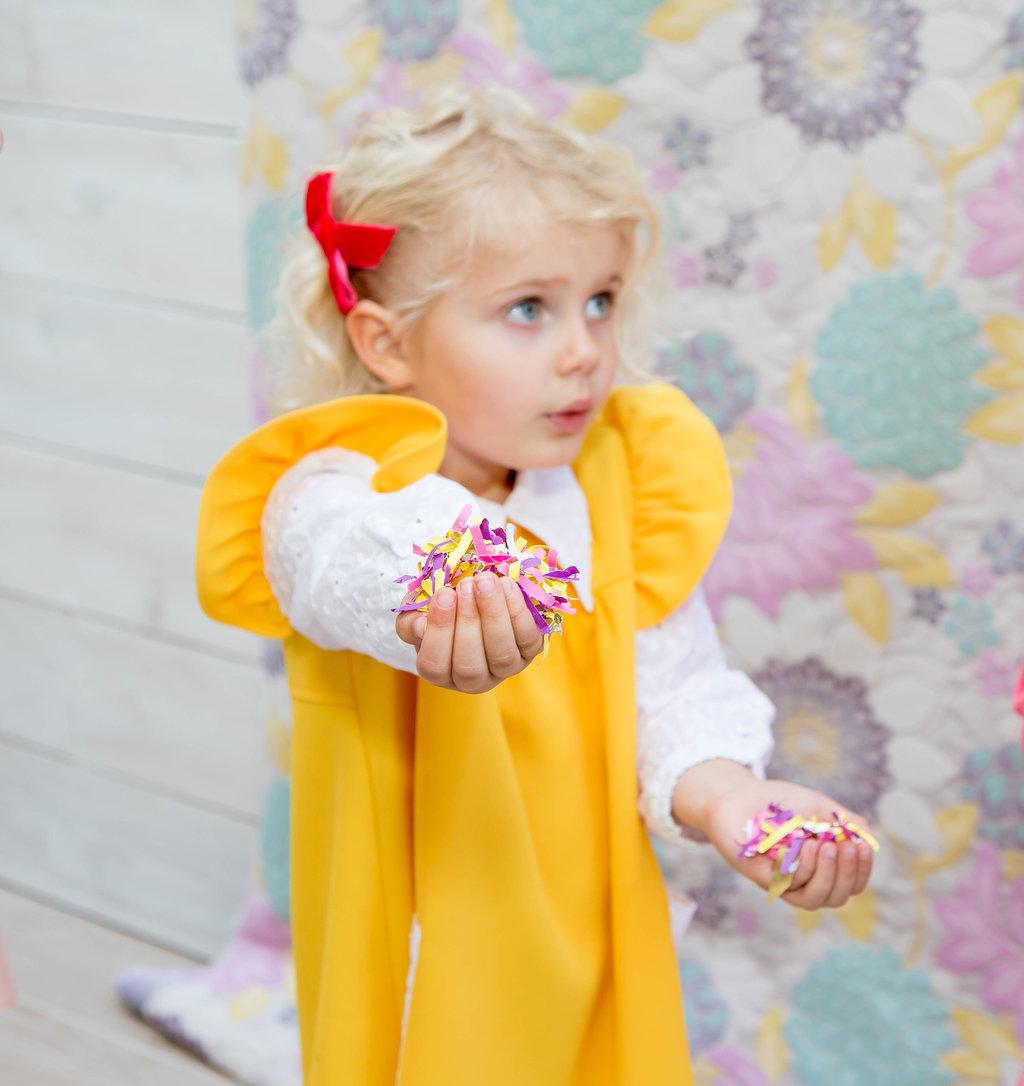 celebrate-easter-bunny-ears-confetti-toss-5.jpg