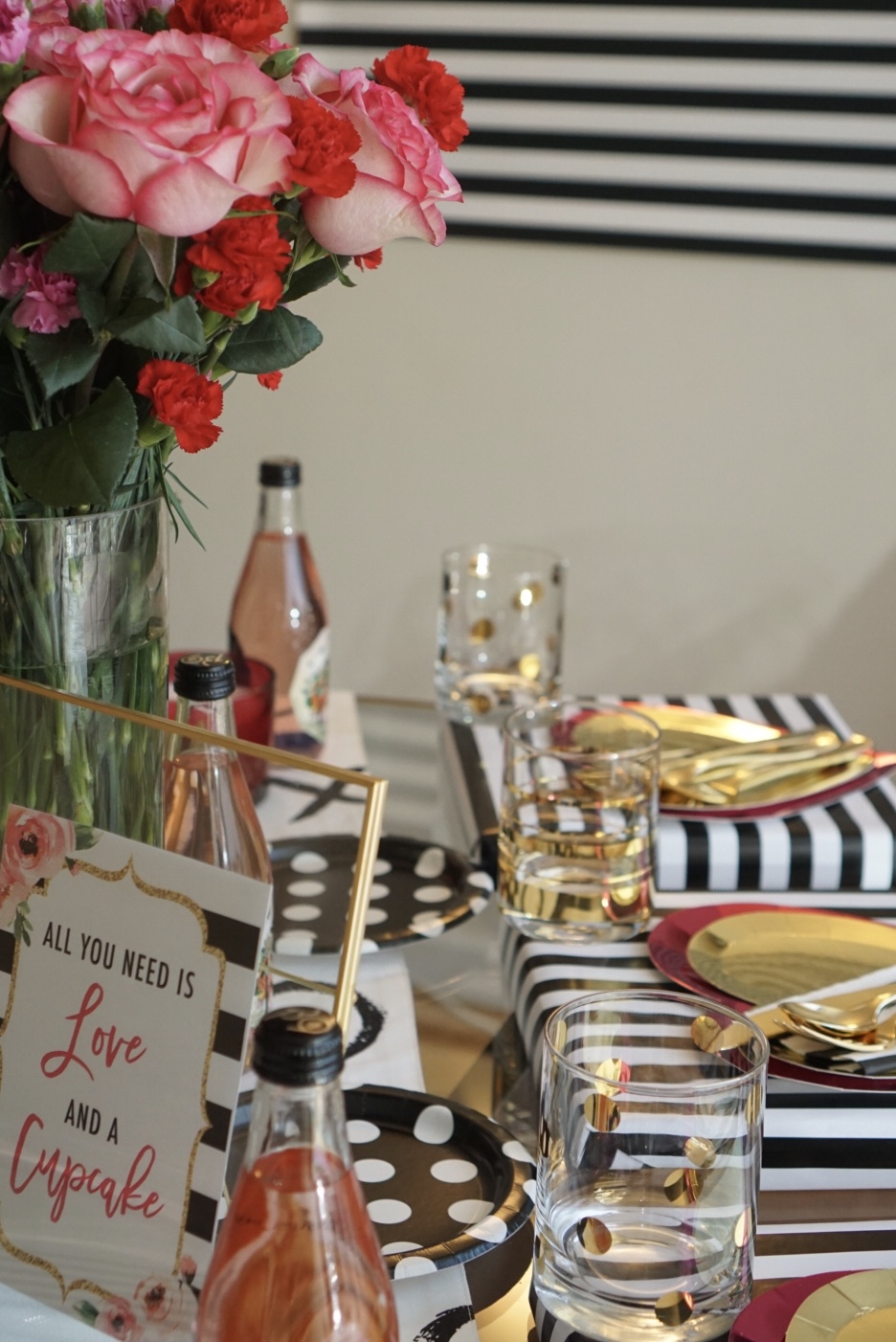 galentines-day-party-tablescape.jpg