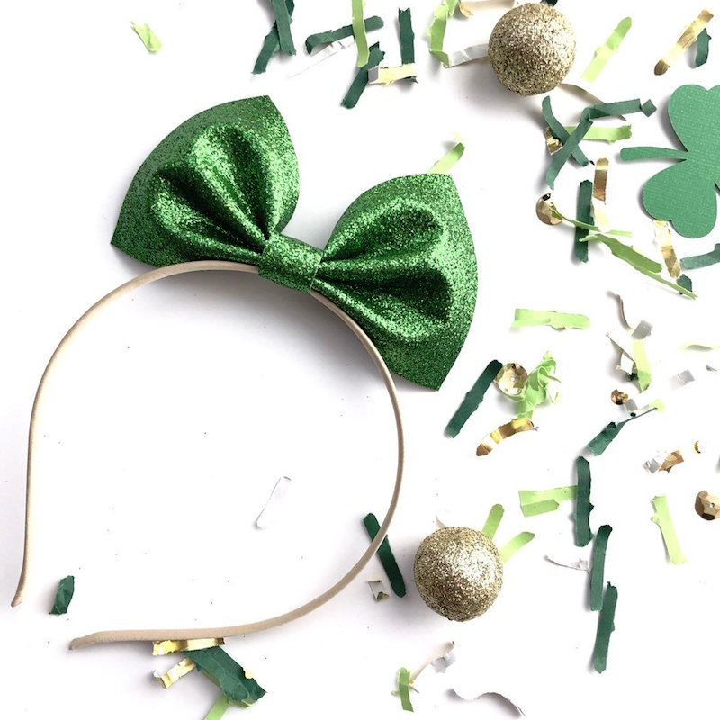The prettiest Sparkle Bow Headband for St. Patrick's Day - from Mia Heartmade Accesories on Etsy. Click to see more lucky hair accessories for Saint Patricks Day + Photo Styling Tips for Etsy Artists