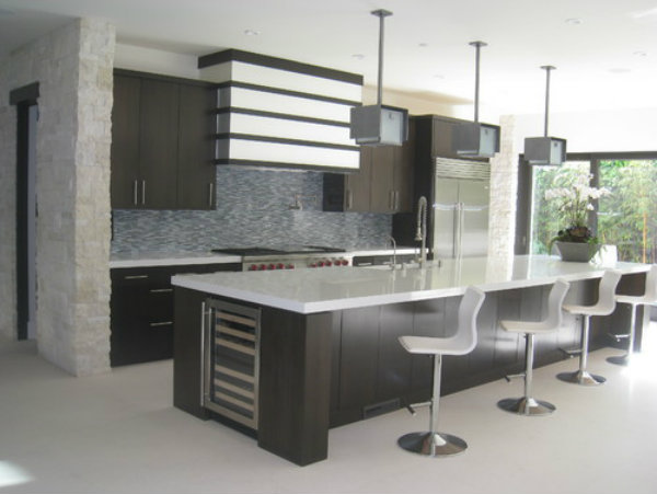 Hammerton offers a broad palette of beautiful finishes that complement just about any decor, including this modern kitchen.