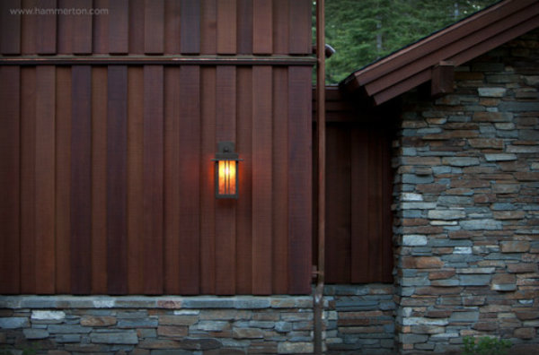 eclectic-outdoor-lighting-2_2.jpg