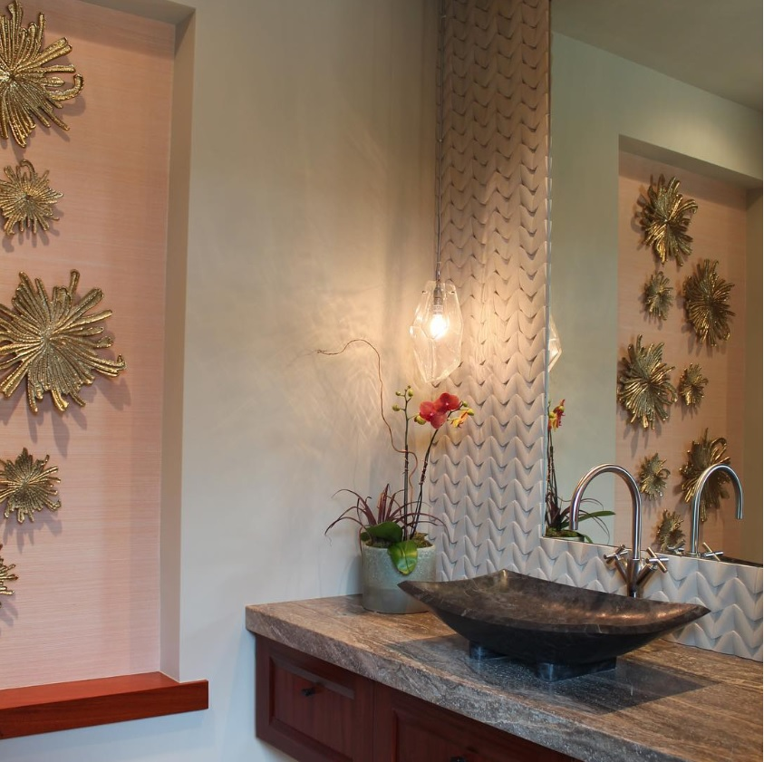 A single Hammerton Fusion LAA2159 pendant in a Hawaiian bathroom by Willman Interiors | Kamuela HI