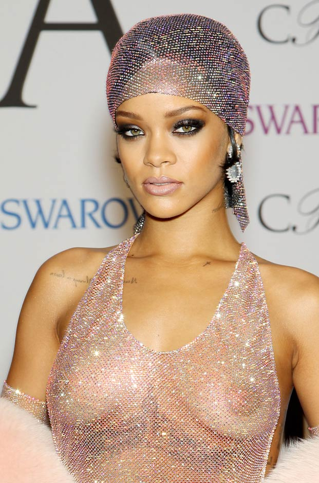 Crop-Rihanna-dress-CFDA-Fashion-Awards-1-.jpg