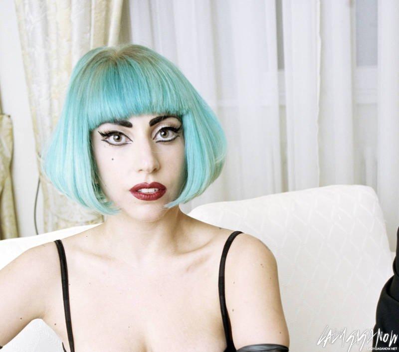 Lady-Gaga-Stern-Photo-Shoot-lady-gaga-23536184-800-706.jpg