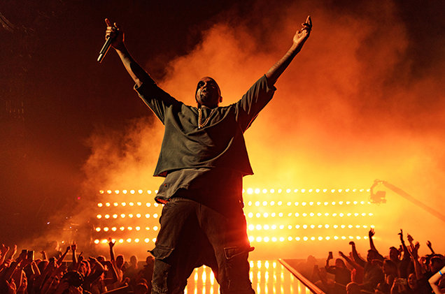 Kanye-West-performs-onstage-at-the-2015-iHeartRadio-Music-Festival-2015-billboard-650.jpg