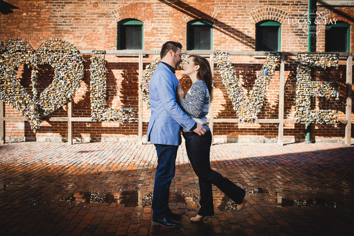 distillery_district_engagement-7.jpg