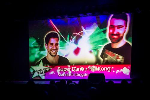 Bright-Entertainment-Schneider-Electric_Teamevent (3).jpg