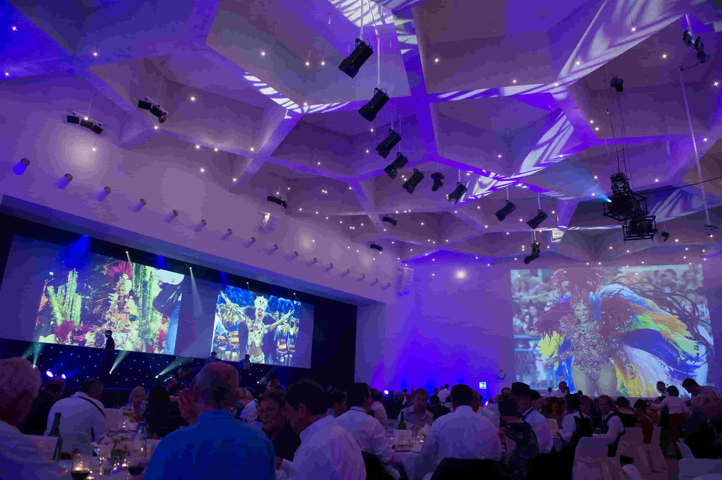 Bright-Entertainment-AO-Foundation_20years-open-door-incentive-gala (3).jpg