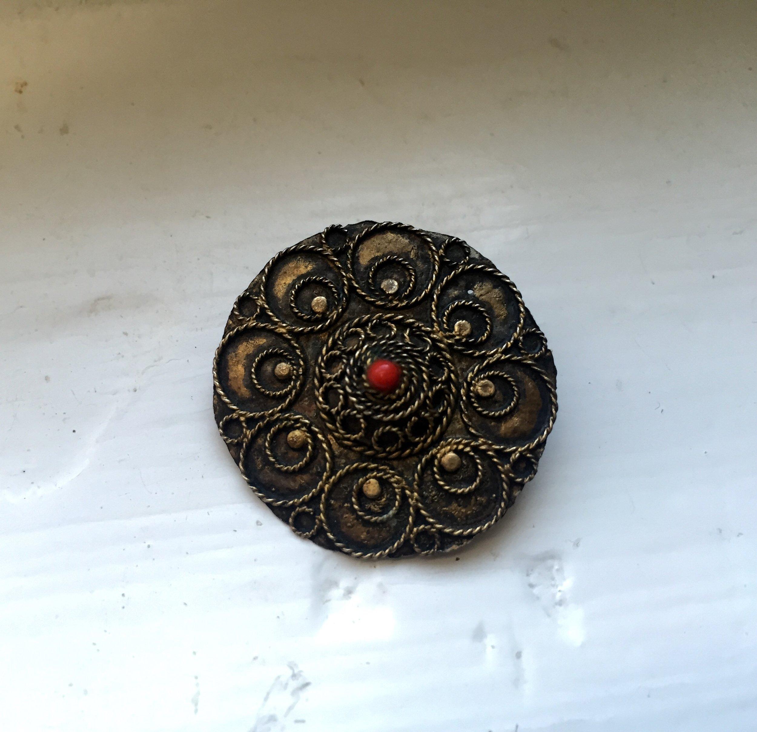 $25, Vintage Stock Pin