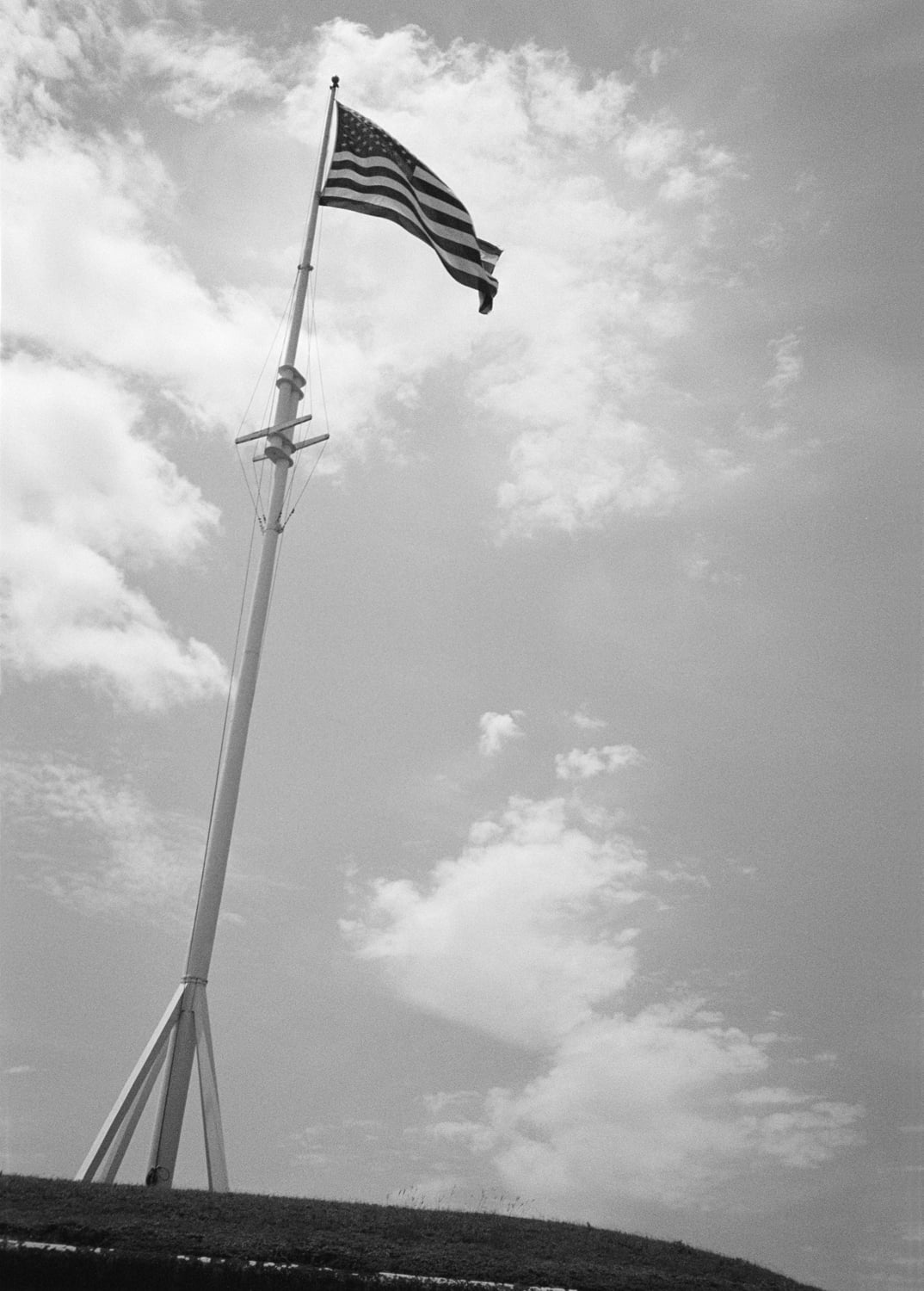 The flag at Fort Macon. 2015.