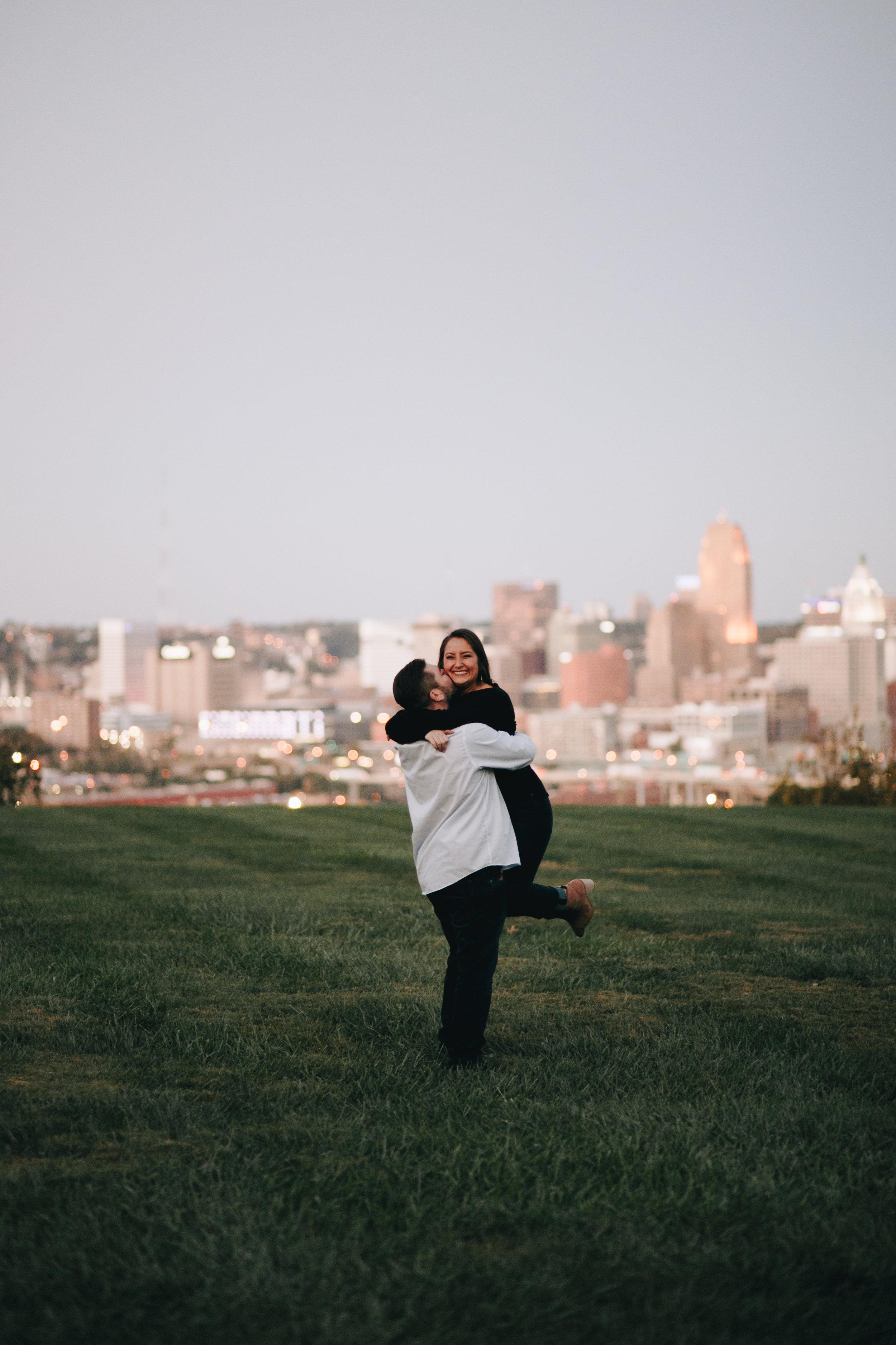 Photography Anthology - Cincinnati Engagement Photos Devou Park Smale Skyline (11 of 21).jpg