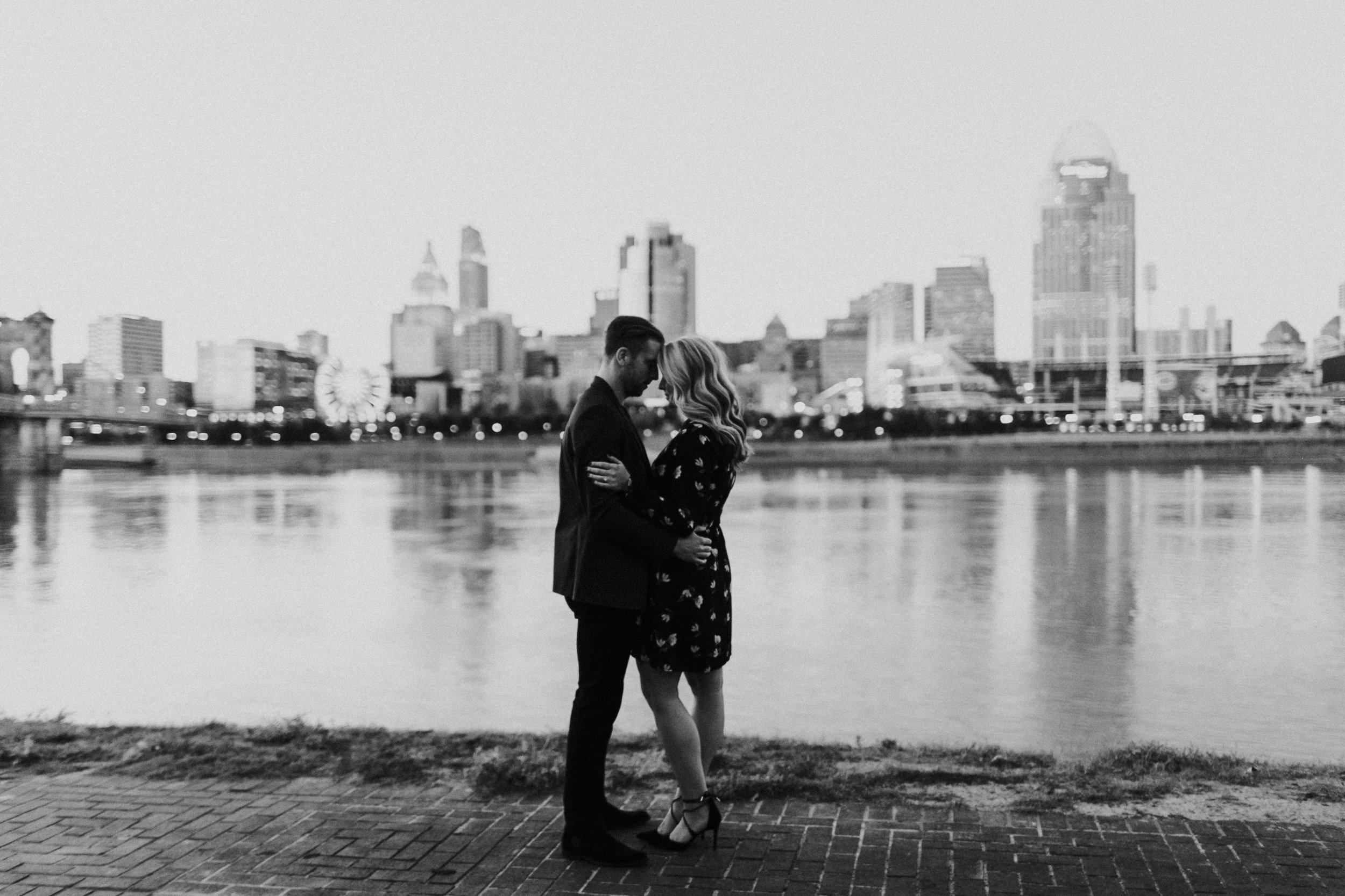 Photography Anthology - Cincinnati Engagement Photos Devou Park Smale Skyline (34 of 37).jpg
