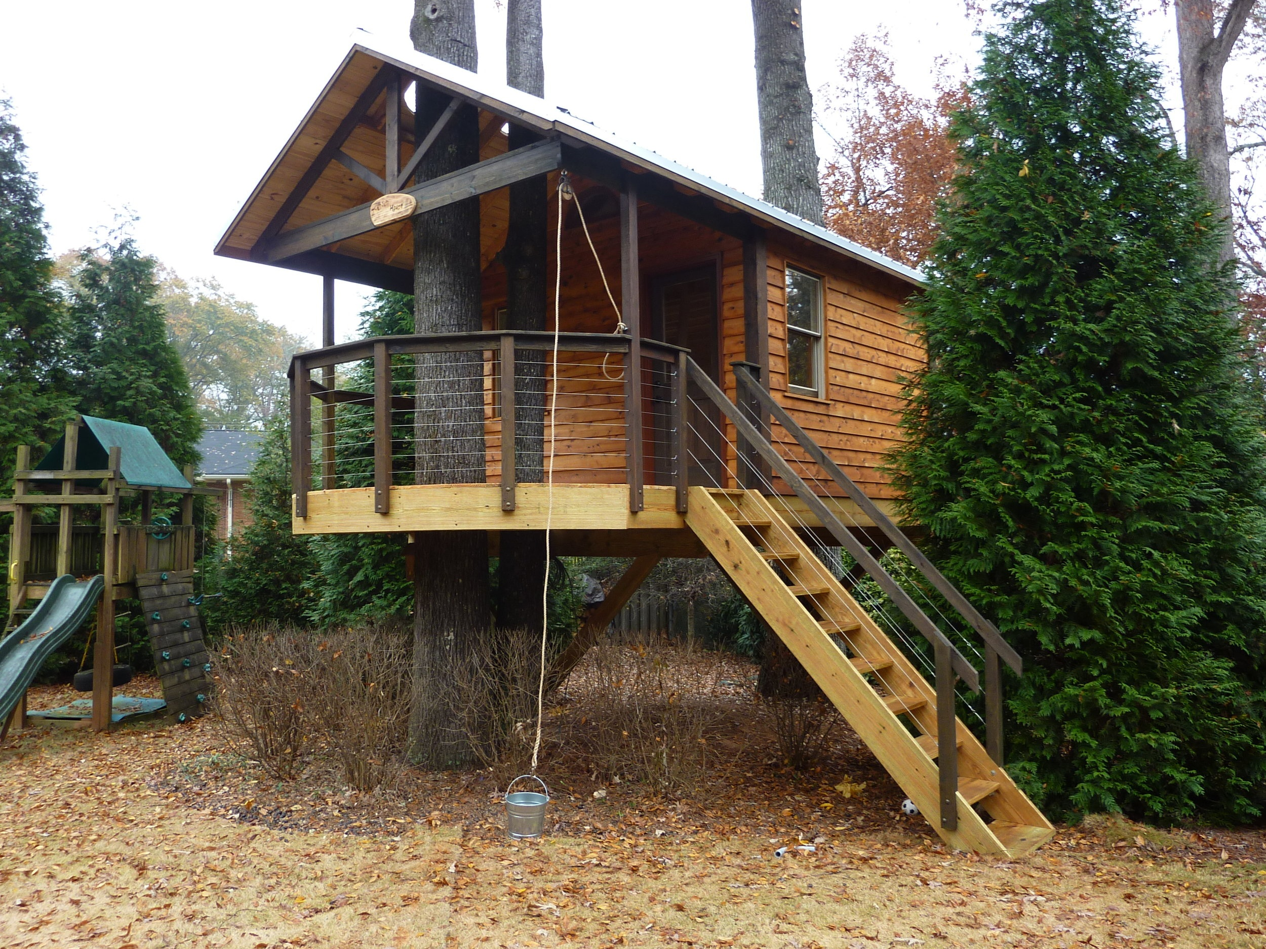 "<strong>Treehotel</strong><a href=""/new-gallery"">Click Here For More Pictures »</a>"