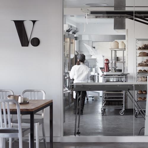 VOYAGEUR DU TEMPS cafe