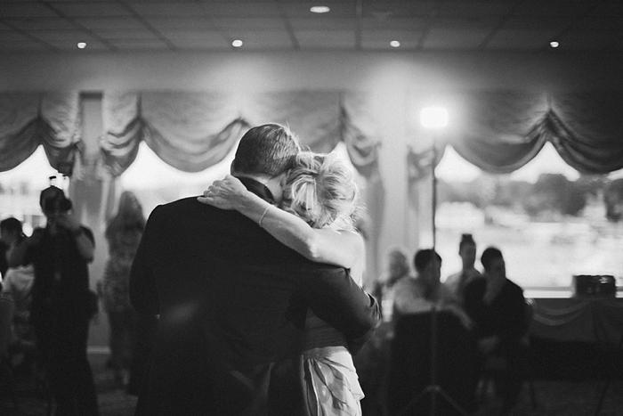 beach-island-wedding-photographer-intimate-sentimental-chicago-nj_0138.jpg