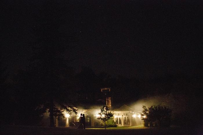 winvian-wedding-photographer-ct-destination-morris-intimate_0026.jpg