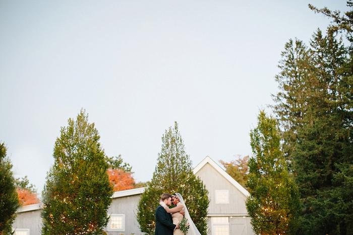 winvian-wedding-photographer-ct-destination-morris-intimate_0018.jpg