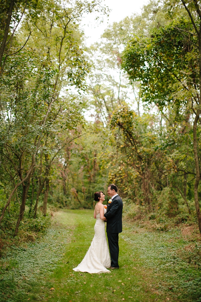 intimate-sentimental-family-wedding-outdoor-woods-photographer_0015.jpg