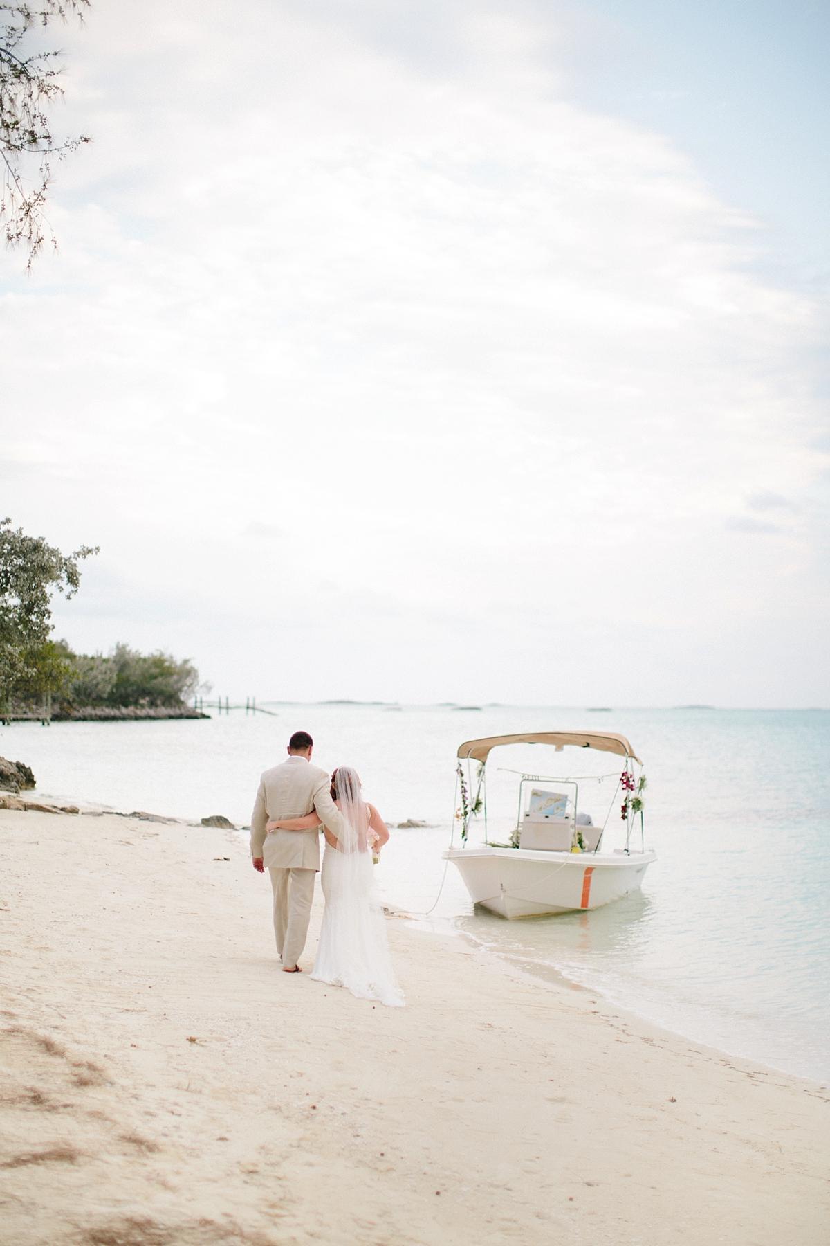 bahamas-destination-wedding-photographer-island-private-ceremony-staniel-cay_0030.jpg