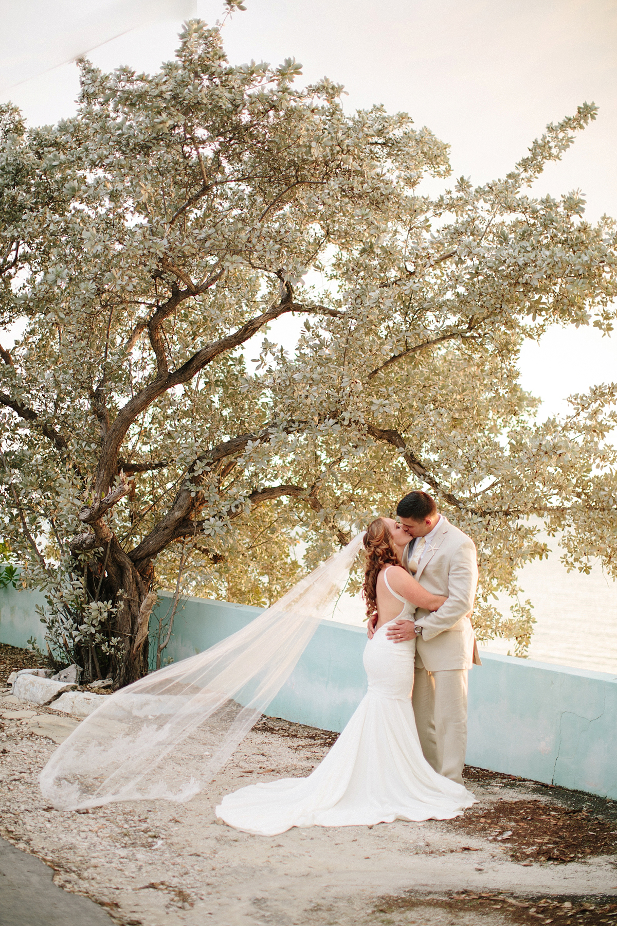 bahamas-destination-wedding-photographer-island-private-ceremony-staniel-cay_0045.jpg