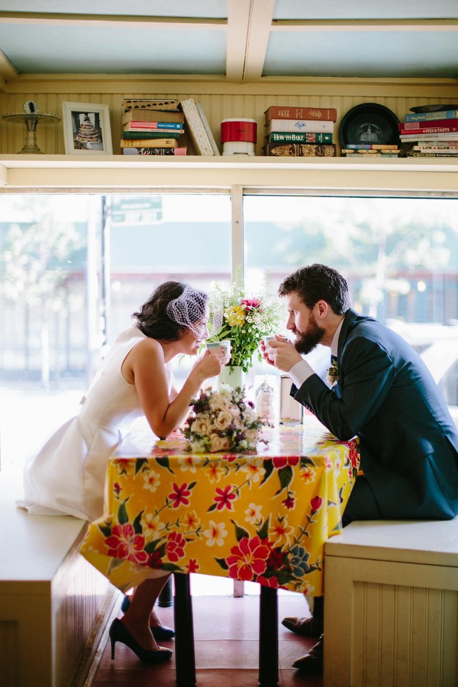 intimate_wedding_sportsmans_Chicago_photographer_bar_0043.jpg