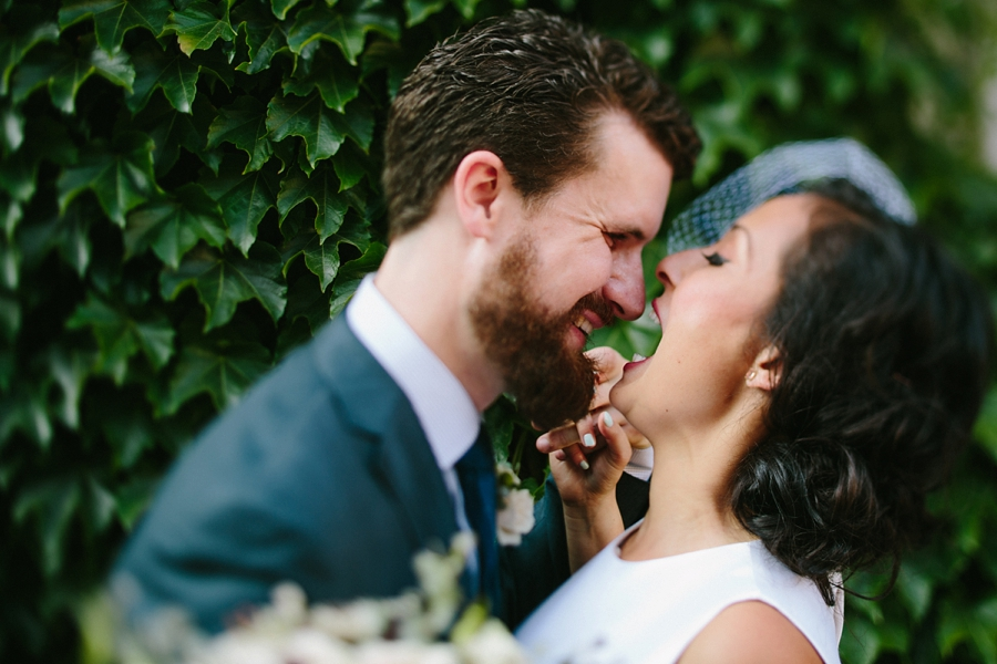 intimate_wedding_sportsmans_Chicago_photographer_bar_0050.jpg
