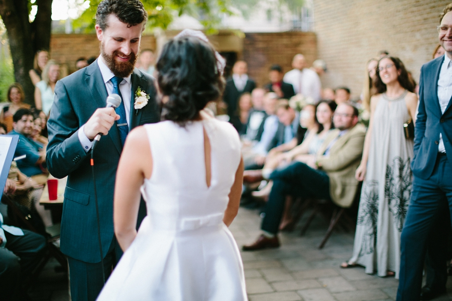 intimate_wedding_sportsmans_Chicago_photographer_bar_0062.jpg