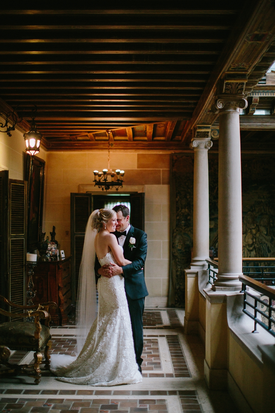 Cuneo_Mansion_Wedding_Photographer_Chicago_Suburbs_0046.jpg