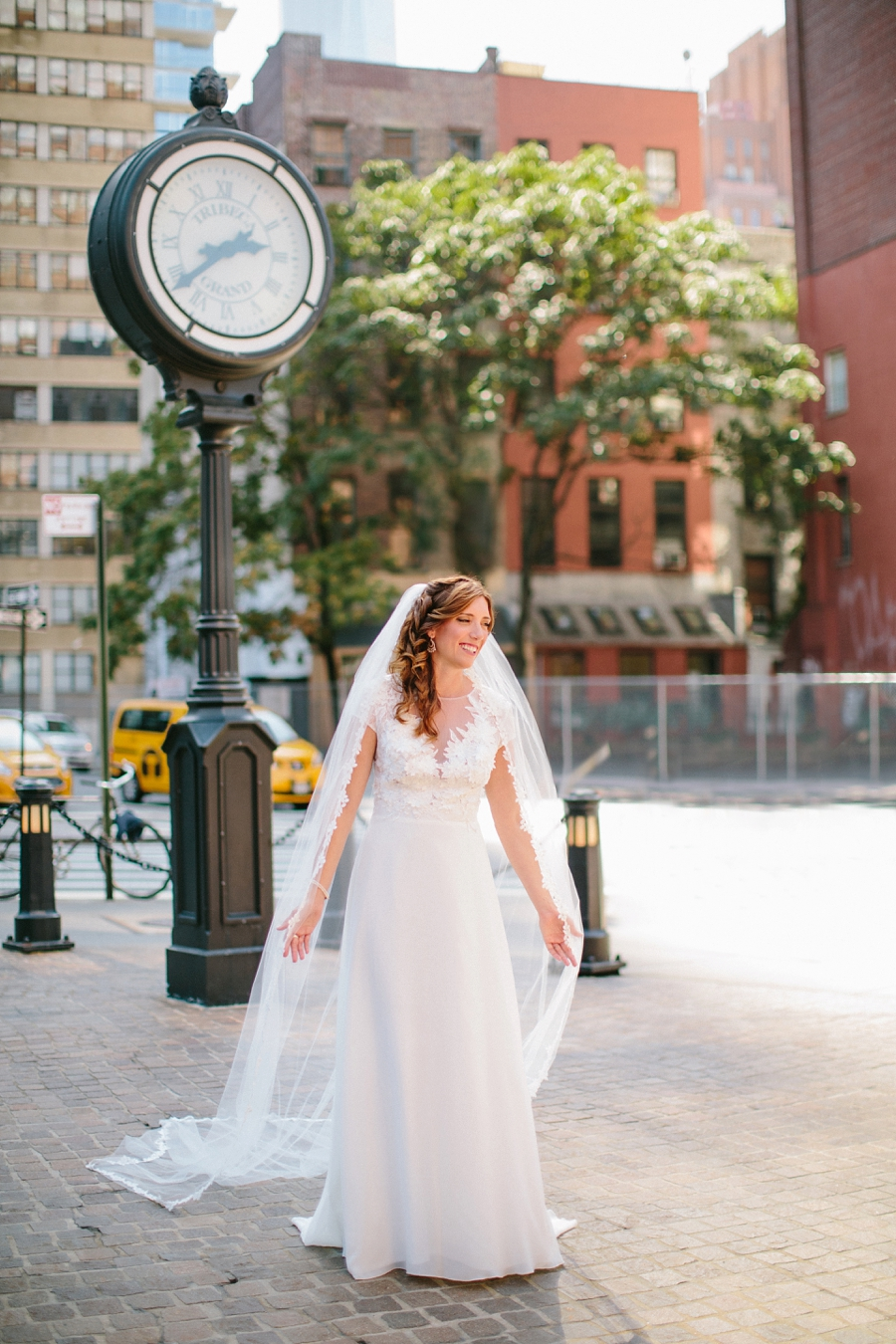 NYC-destination-wedding-photographer-tribeca-intimate-church_0010.jpg