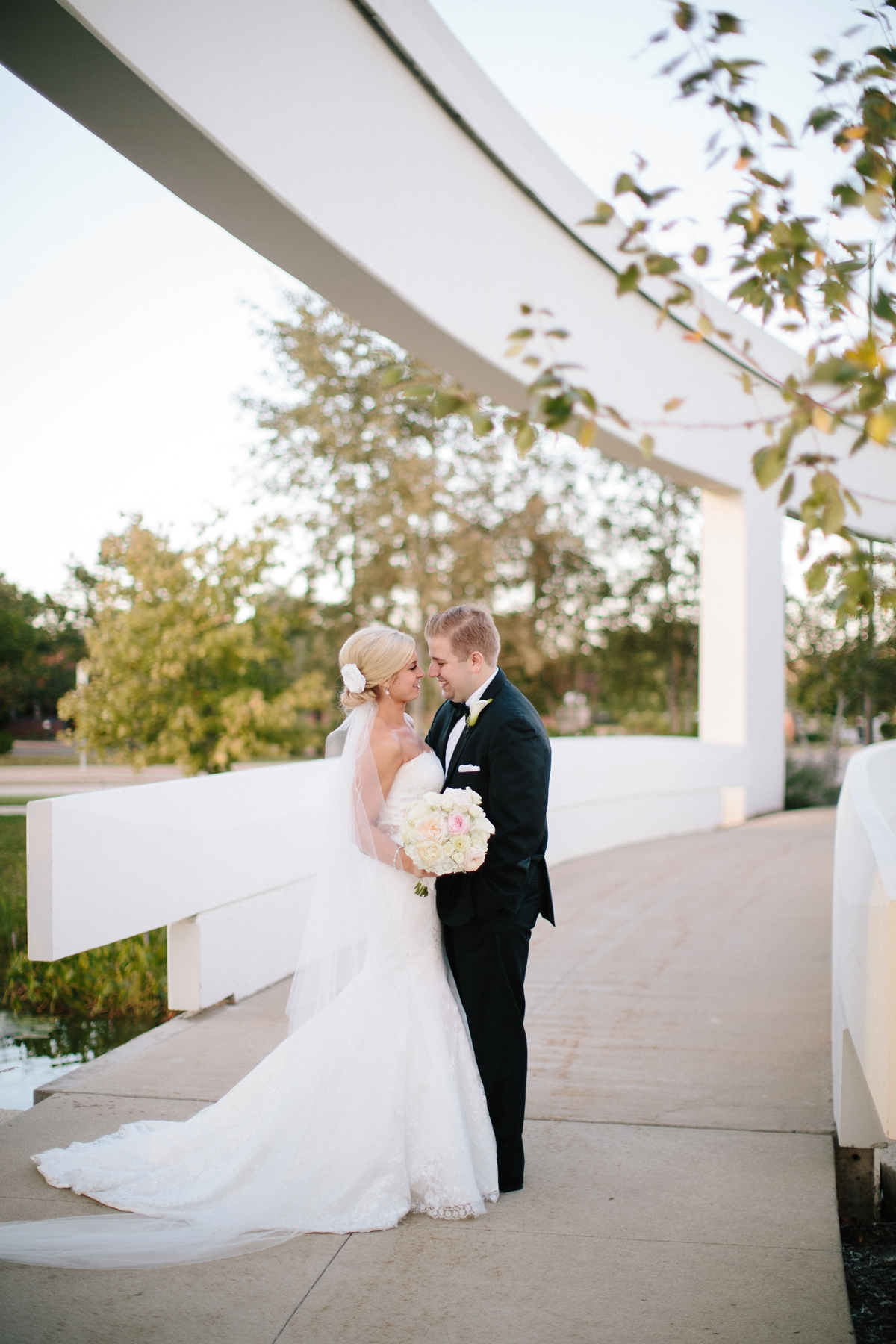 chciago_schaumbug_wedding_photographer_destination_0027.jpg
