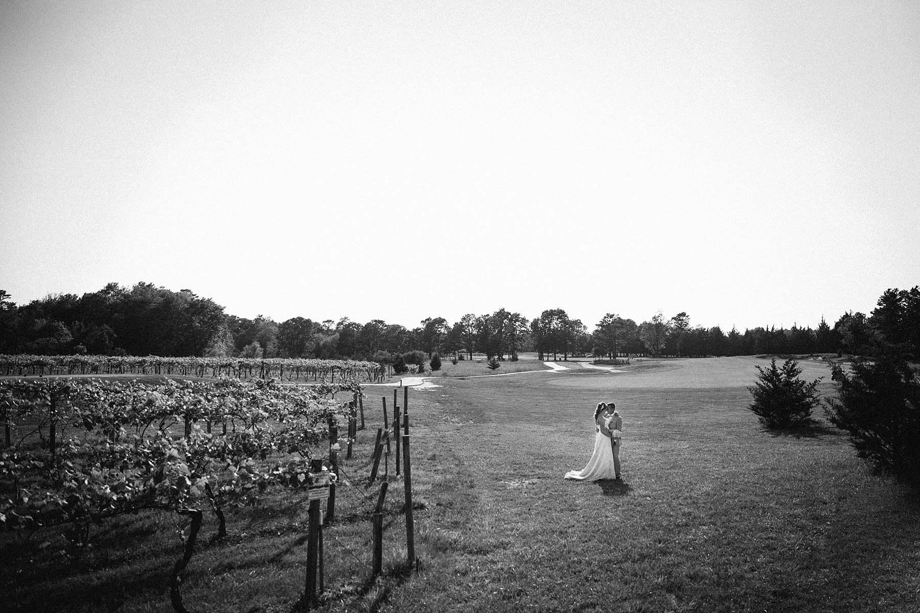 farm-wedding-engagement-session-destination-intimate_0036.jpg