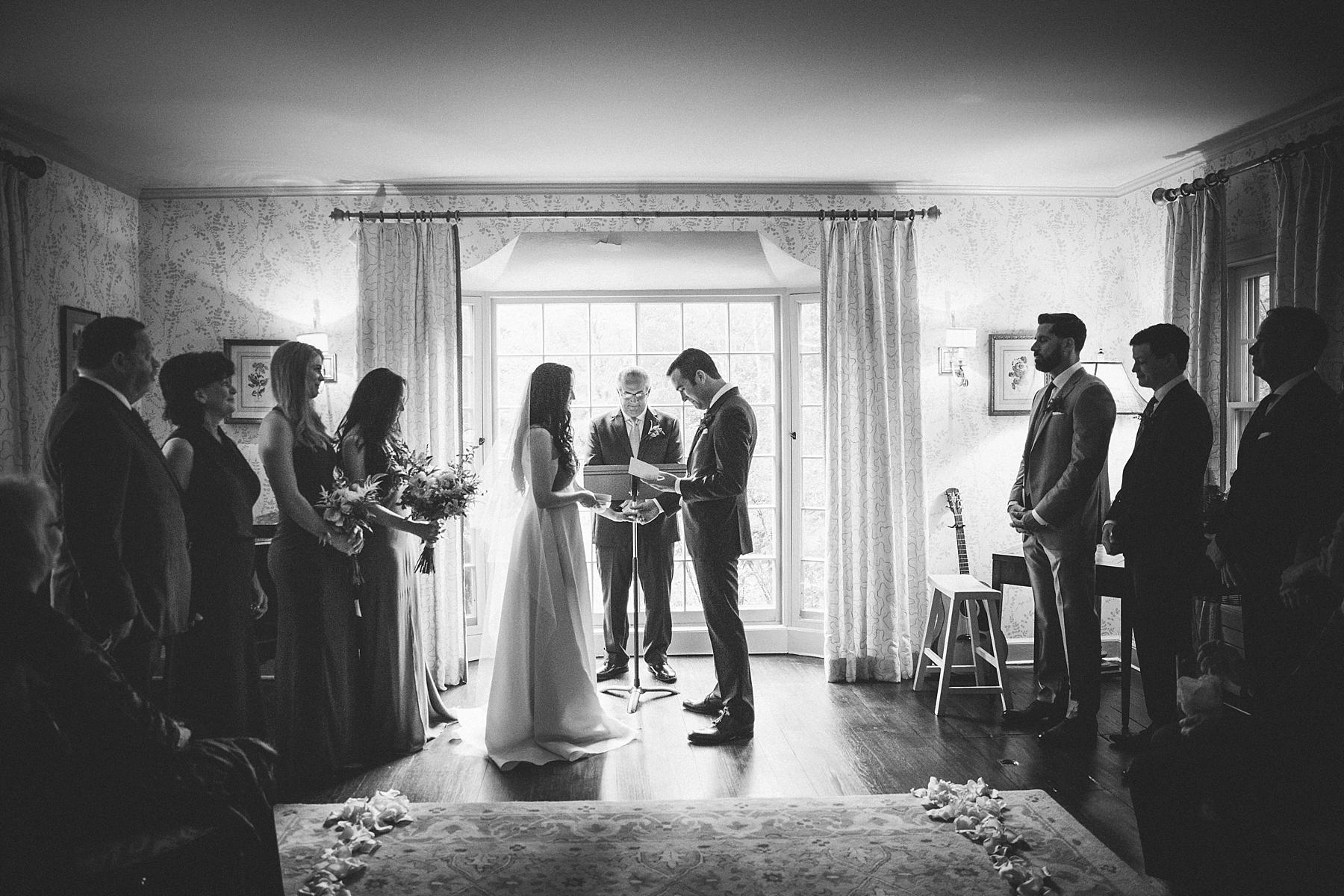 intimate-destination-wedding-photographer-outdoor_0099.jpg