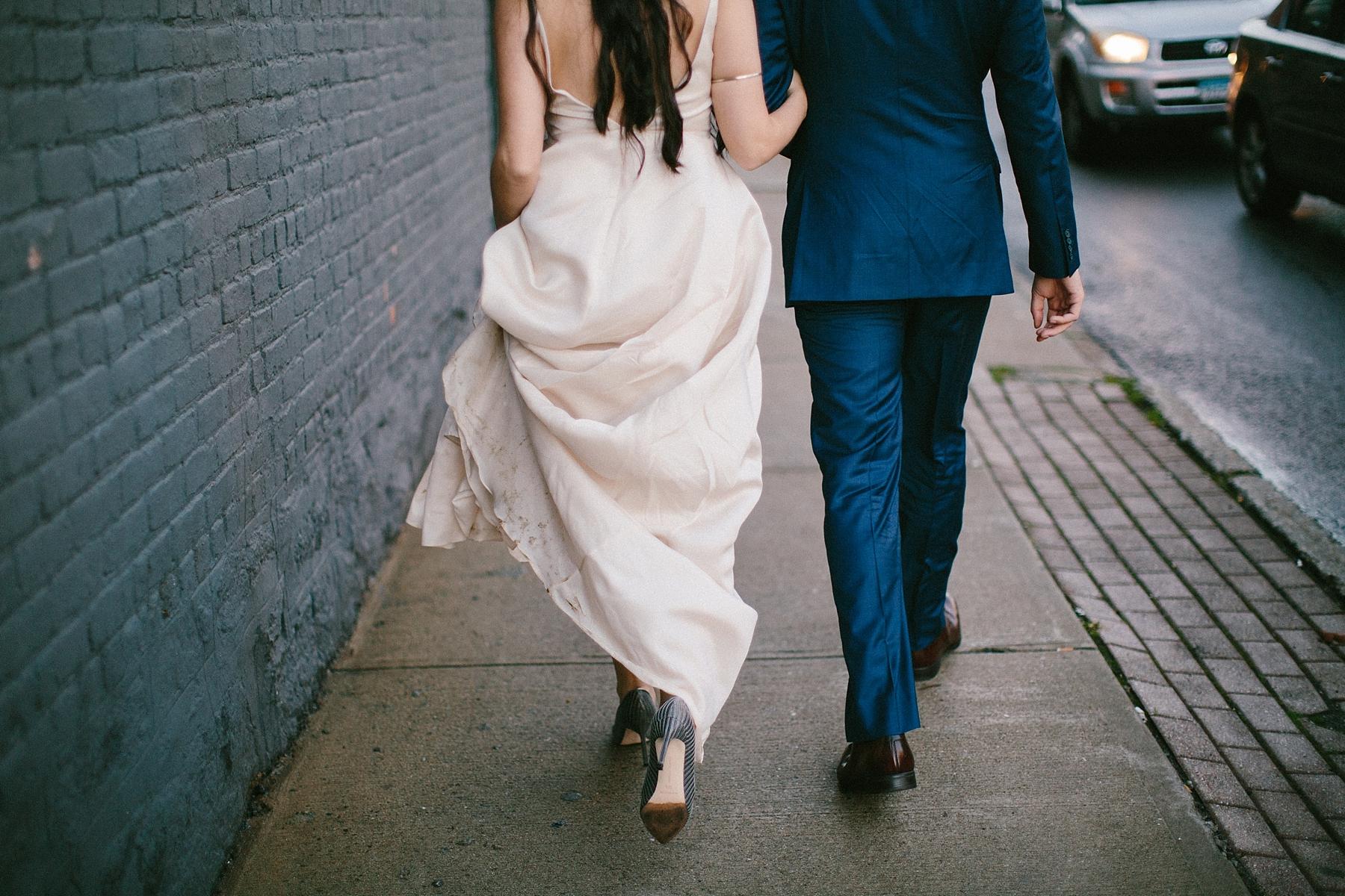 intimate-destination-wedding-photographer-outdoor_0115.jpg