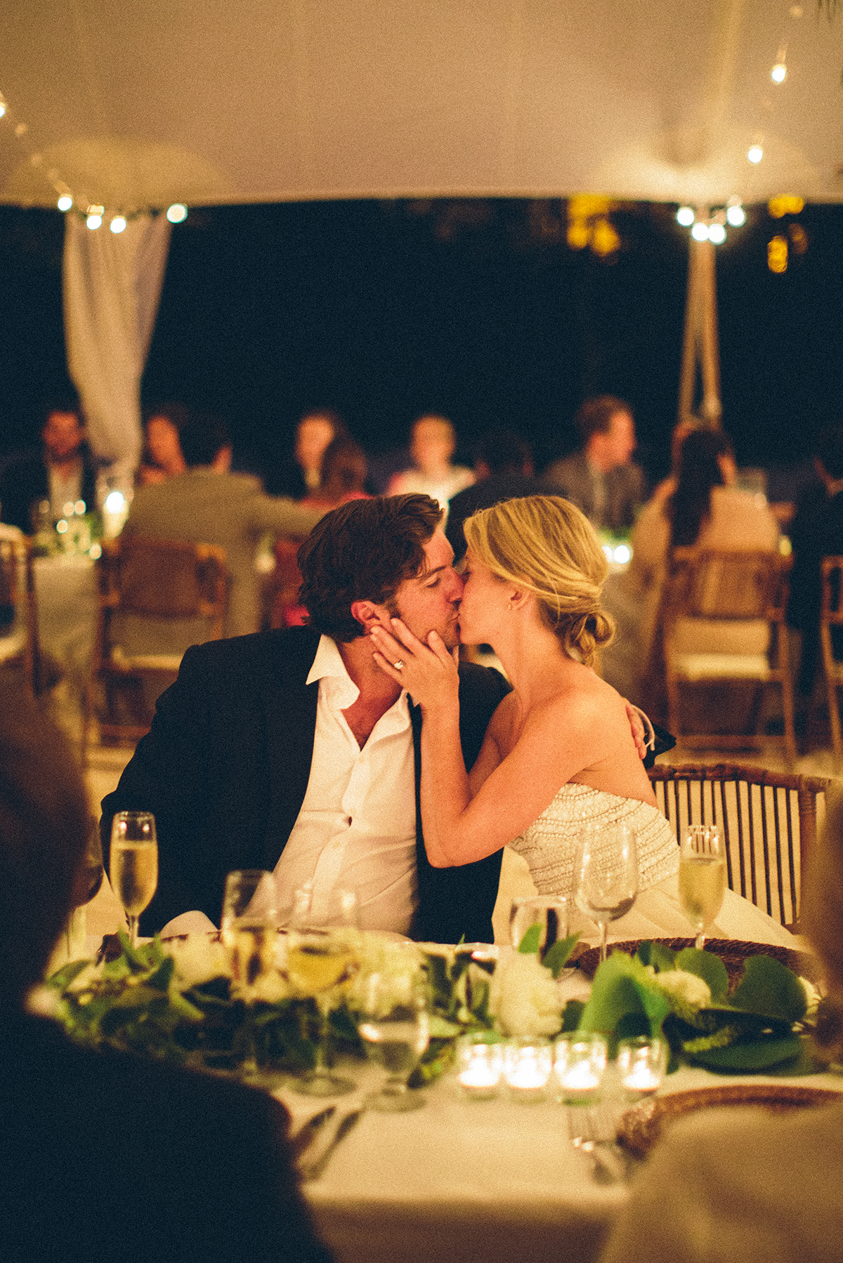 destination-intimate-moment-kiss-wedding-harbour-island.jpg