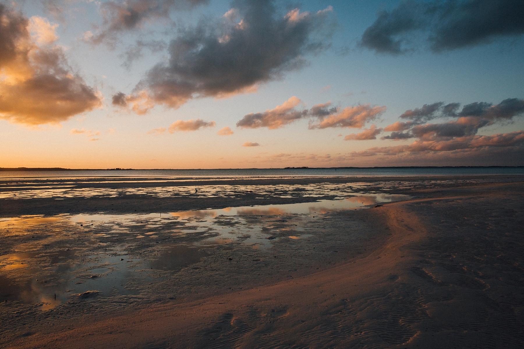 intimate-destination-wedding-beach-moments-harbour-island_0006.jpg